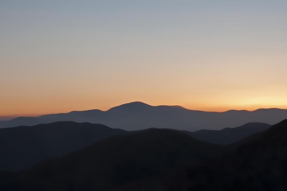 http://stevetwardowski.com/files/gimgs/10_mountain-rangemamasml.jpg